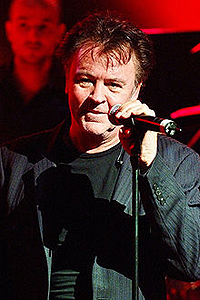 '80s - Paul Young   (2010)